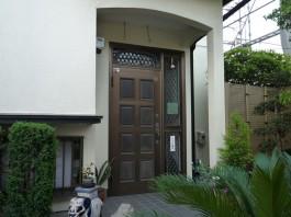 福岡県春日市玄関ドアリフォーム施工前。玄関ドアリフォームのbefore写真。
