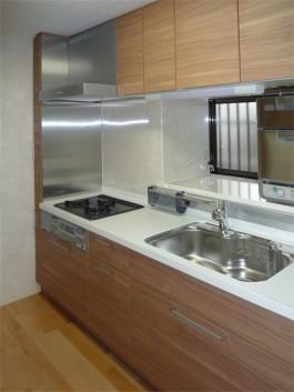 福岡県春日市水まわりキッチンのリフォーム施工例。キッチンのafter写真。