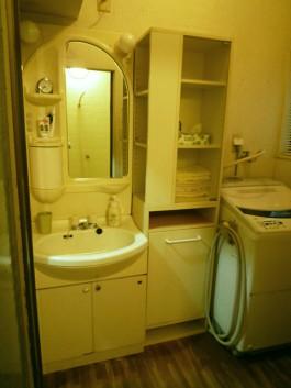 福岡県春日市水まわり洗面化粧台のリフォーム施工前。洗面化粧台のbefore写真。