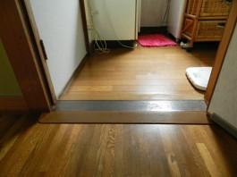 福岡県春日市F様邸バリアフリー・介護リフォームの施工例。スロープで段差を改修。