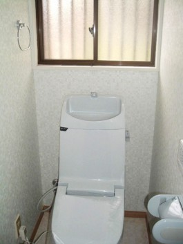 福岡県春日市の水まわり(トイレ)リフォーム施工例。トイレリフォームのビフォア―写真。