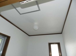 福岡県糟屋郡宇美町の内装・インテリア工事。壁、床、天井のクロス張替え(貼替)工事。