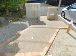 福岡県福岡市早良区の外構リフォーム工事。モダンなオープン外構のリフォーム例です。
