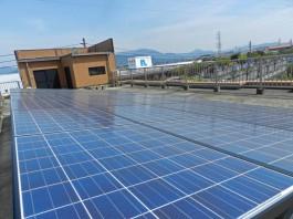 福岡県春日市のマンション屋上にノーリツの太陽光発電を設置しました。太陽光施工例。