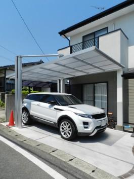 福岡県福岡市南区のカーポートに光触媒を施工した例。太陽光を利用して化学反応を!
