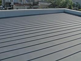福岡県糸島市T様邸の太陽光パネル設置工事工程。太陽光パネル設置前の屋根の様子です。
