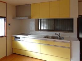 収納が多く、おそうじもしやすい!素敵なキッチンです。