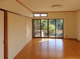 和室を解体したので、ダイニングスペースが広がりました!