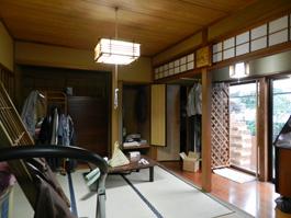 施工前は大きな和室でした。