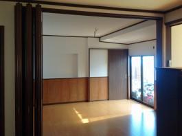 和室が美しい洋室になりました。木目調のボードを使い、やさしく温かみのあるお部屋に。